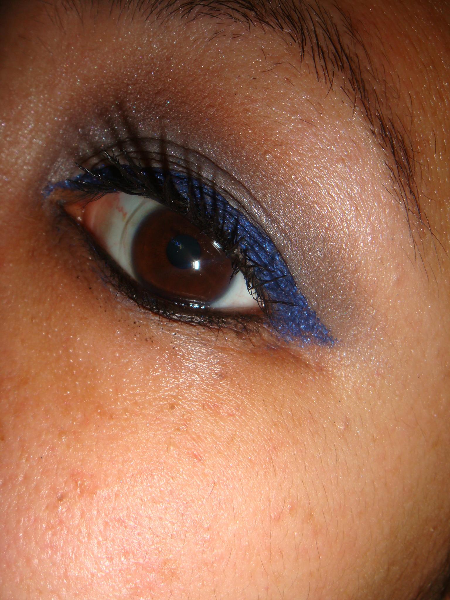 L'Oreal HIP eyeliner Midnight Blue | Houseofjenic's Blog